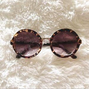 EXPRESS | Round Leopard/gold trim Sunglasses